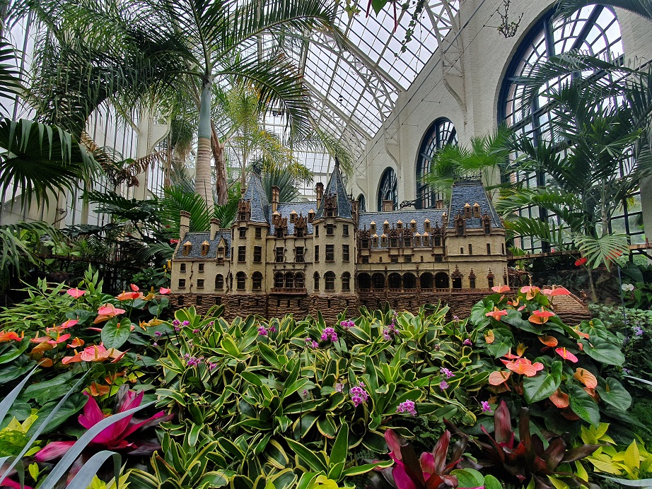 Biltmore_House_Conservatory_Interior