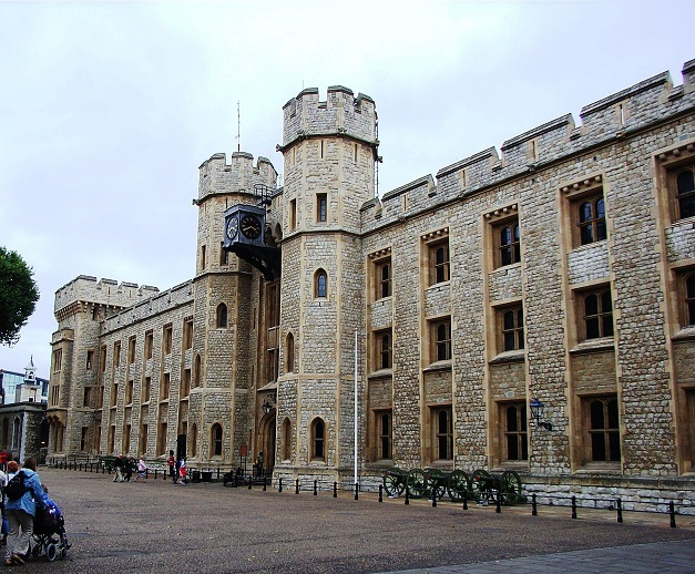 Tower_of_London_Jewel_House